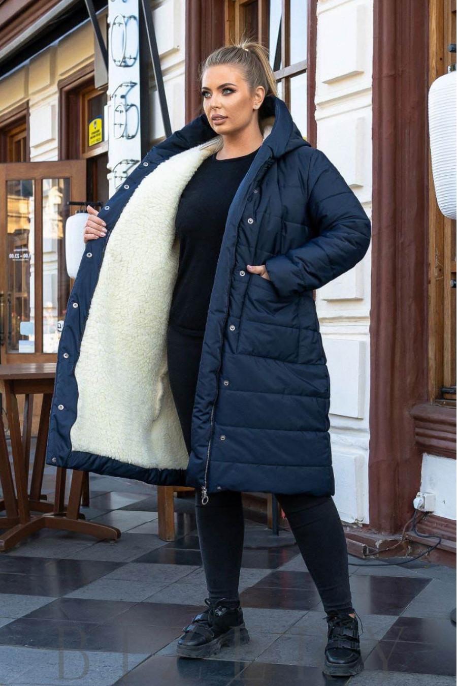 Зимнее пальто на овчине в темно-синем цвете B1165