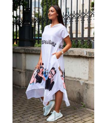 Летнее белое платье свободного кроя с оригинальным принтом В970