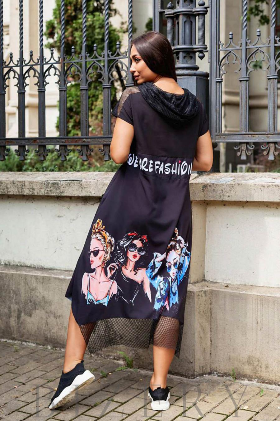 Летнее черное платье свободного кроя с оригинальным принтом В969