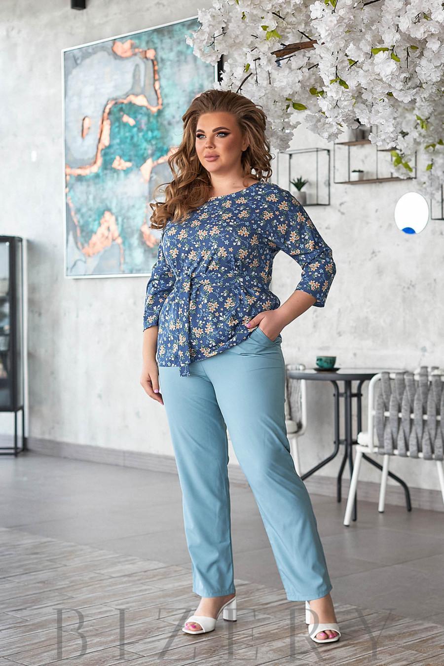 Повседневный летний костюм джинсового цвета В804