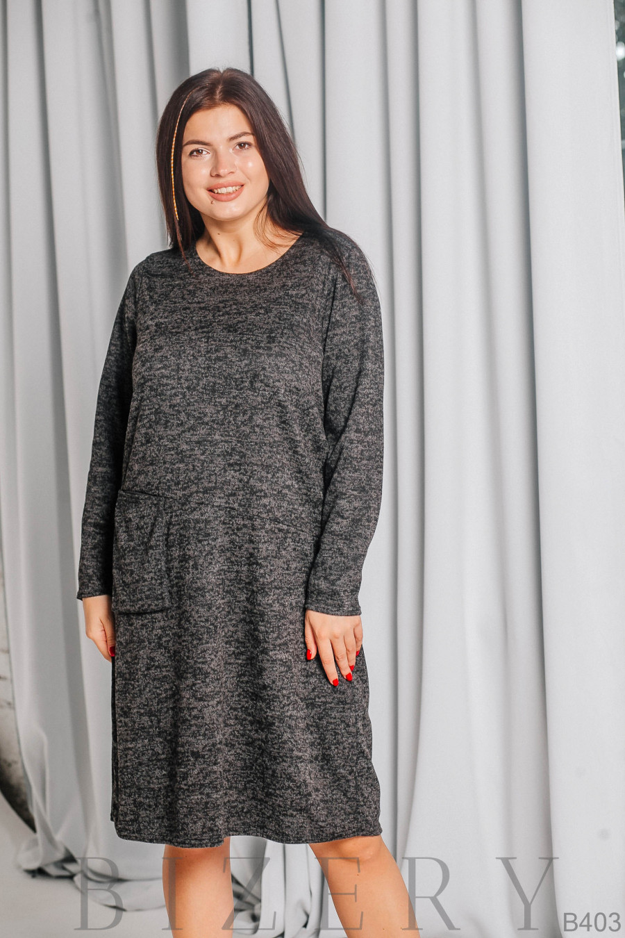 Платье из мягкой ткани ангора-софт в серой расцветке B403