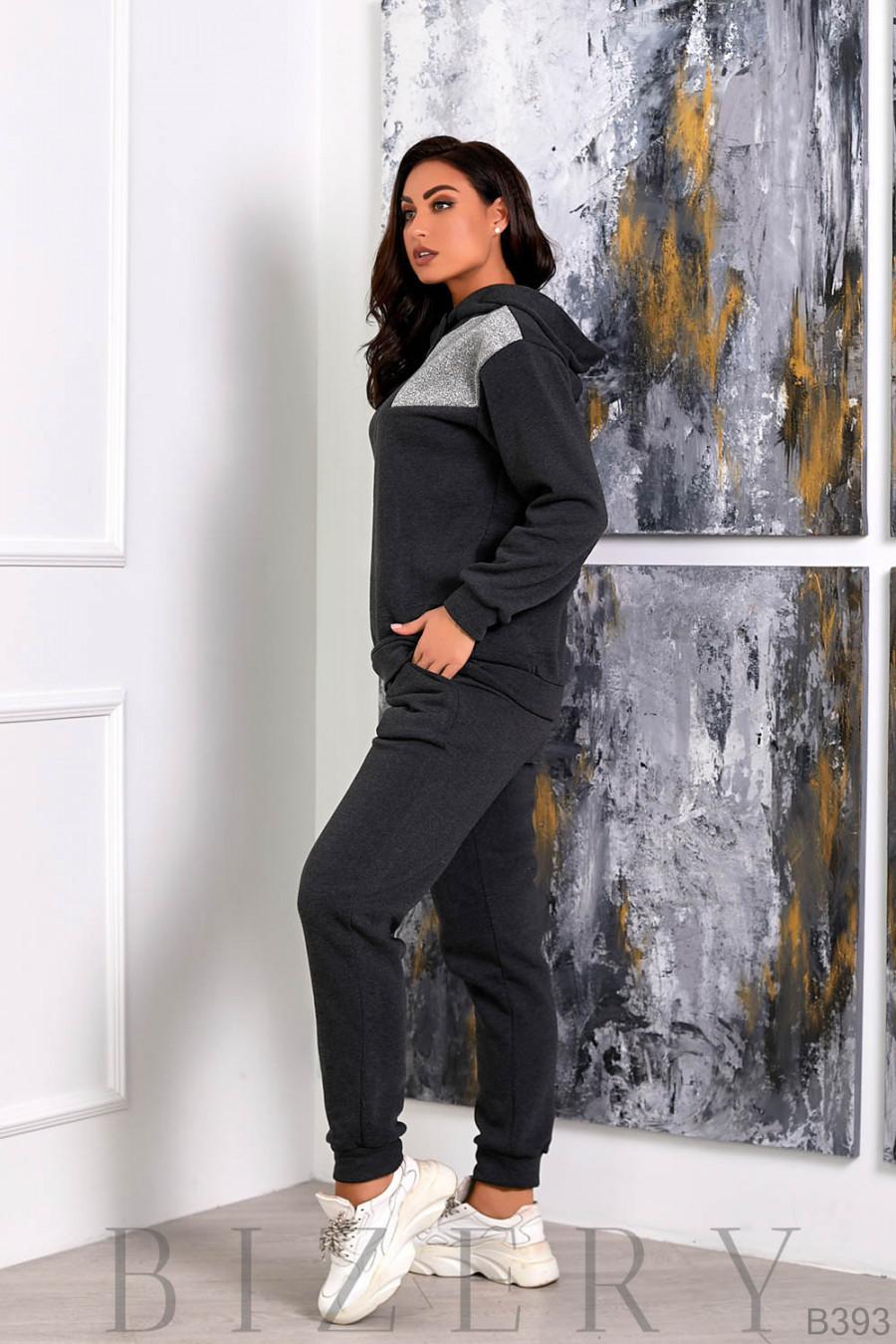 Спортивный костюм из трёхнитки в тёмно-сером цвете B393