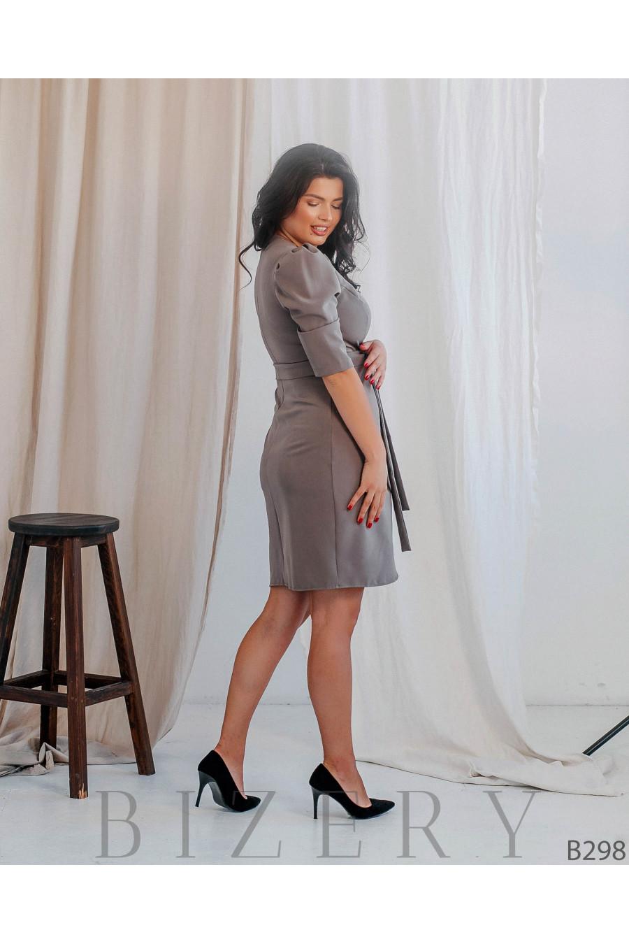Коктейльное платье футляр большого размера B298