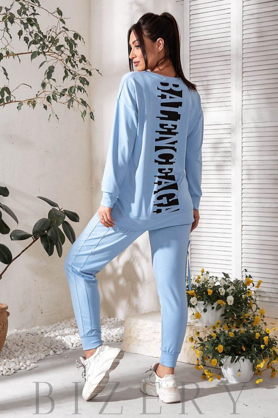 Трендовый спортивный костюм голубой В745