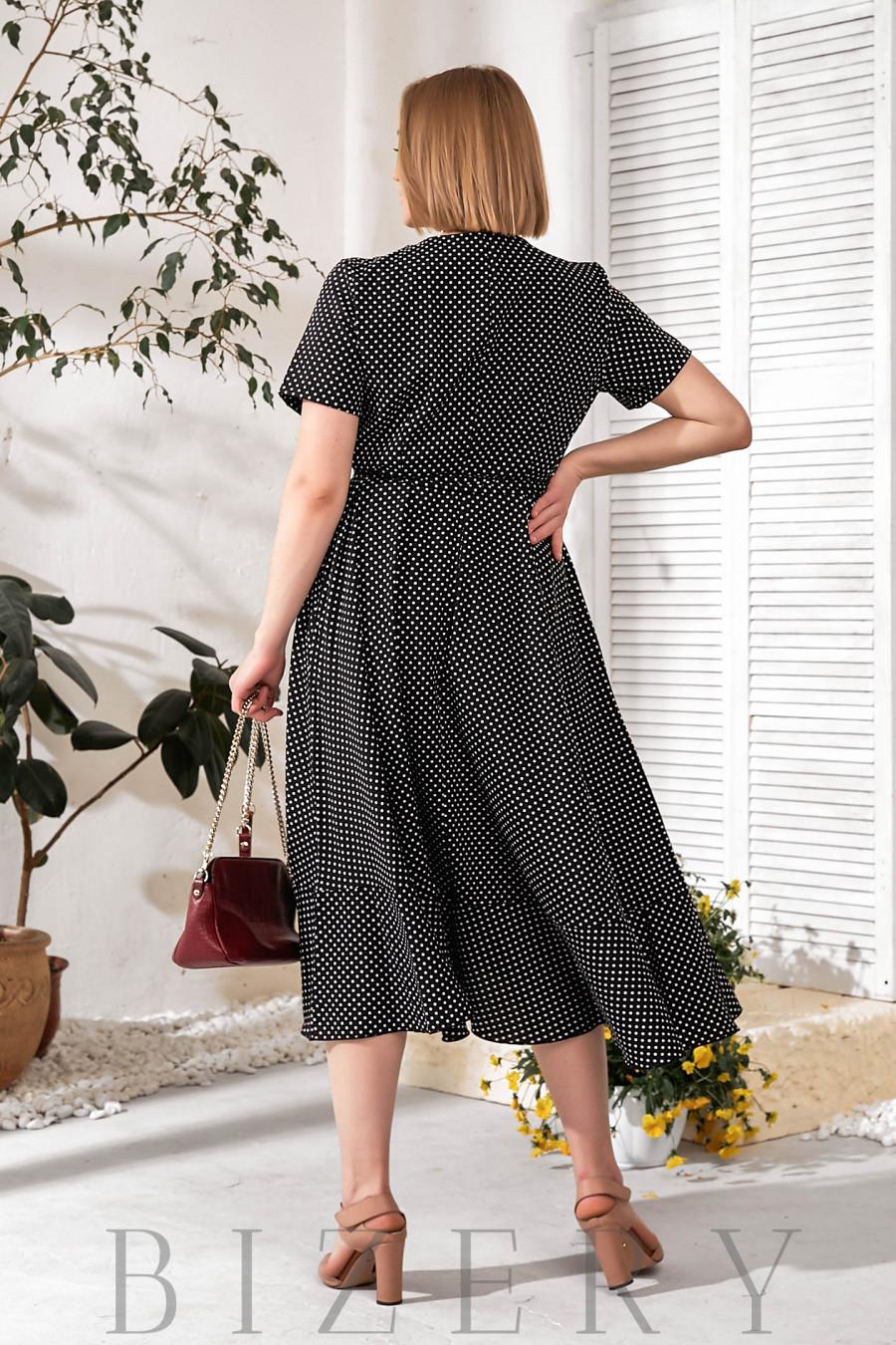 Платье на запах черное в горох В757