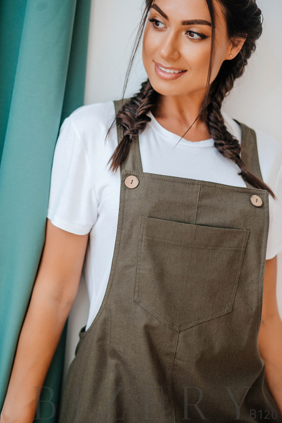 Сарафан хаки из полированного льна + мягкая белая футболка