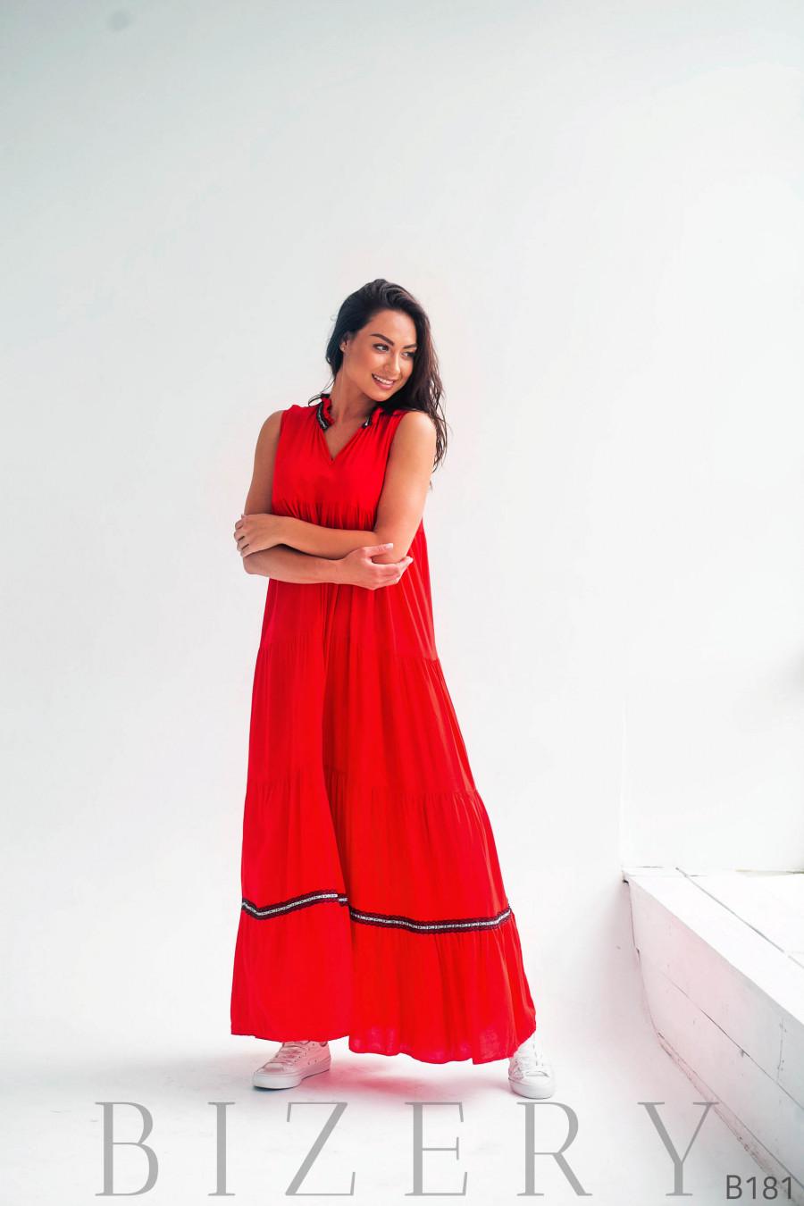 Длинное красное платье разлетайка из штапеля