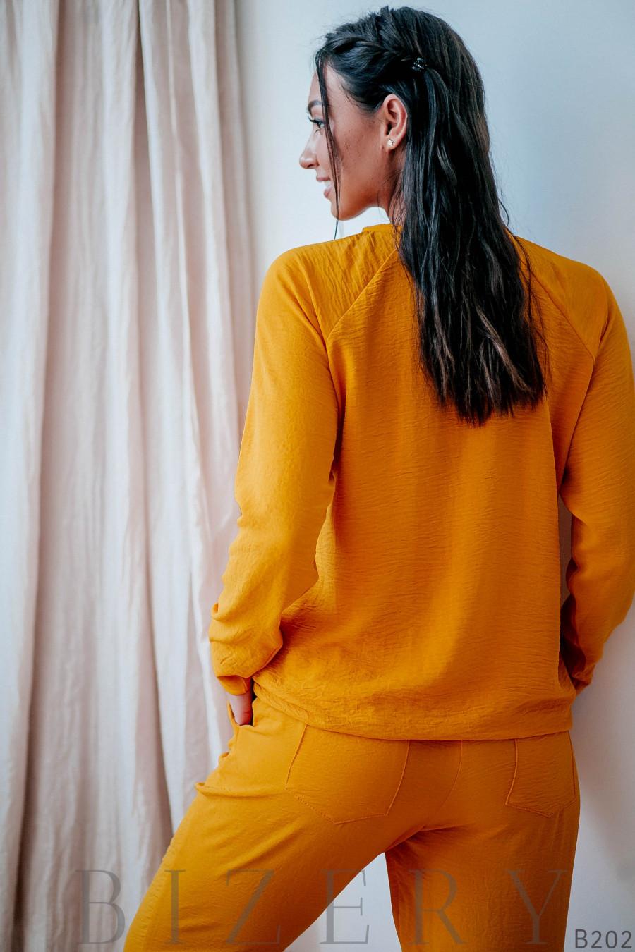 Повседневный костюм полу-спорт жёлтый
