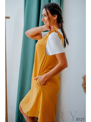 Сарафан горчичный свободного кроя на завязках + мягкая белая футболка