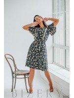 Платье для нежного образа чёрное с цветочным принтом