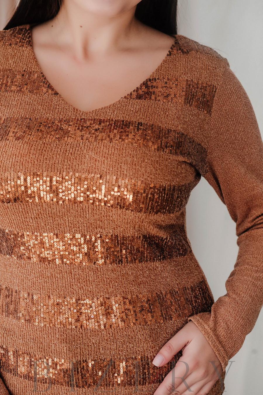 Свитер из мягкой вязки с полосками из пайеток коричневый В369