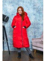 Зимнее удлинённое пальто красного цвета B570