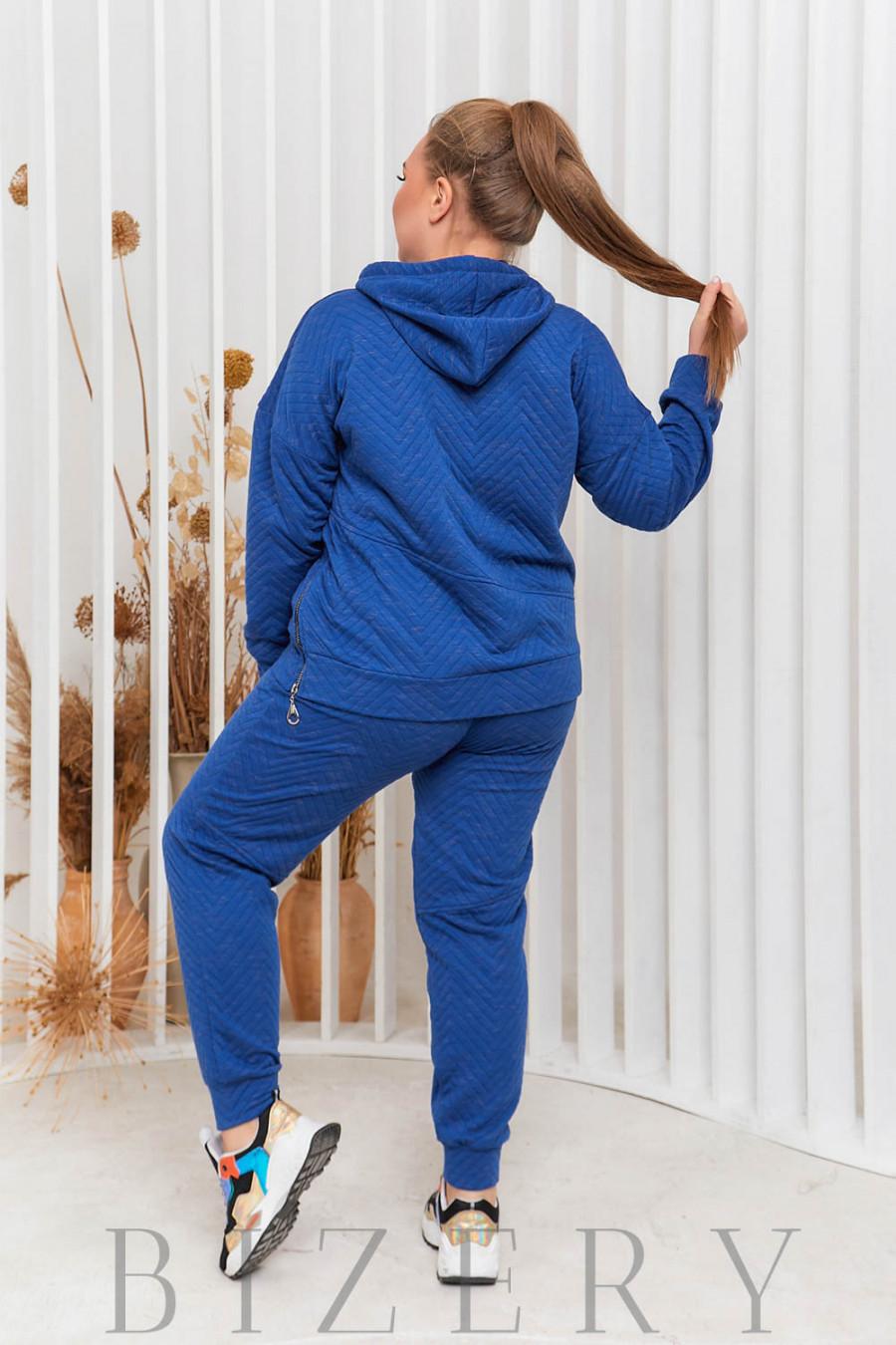Стильный спортивный костюм свободного кроя в синем цвете В597