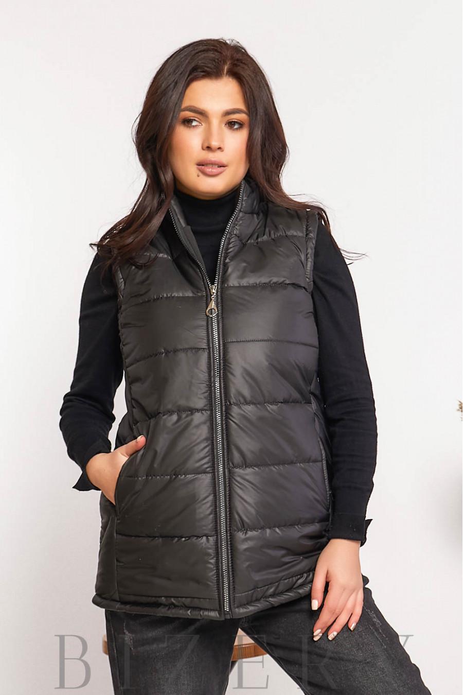 Женская стеганая жилетка чёрного цвета В606