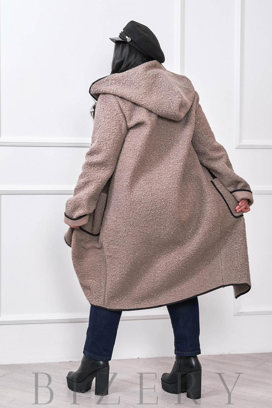 Женское пальто букле барашек серо-бежевый В674