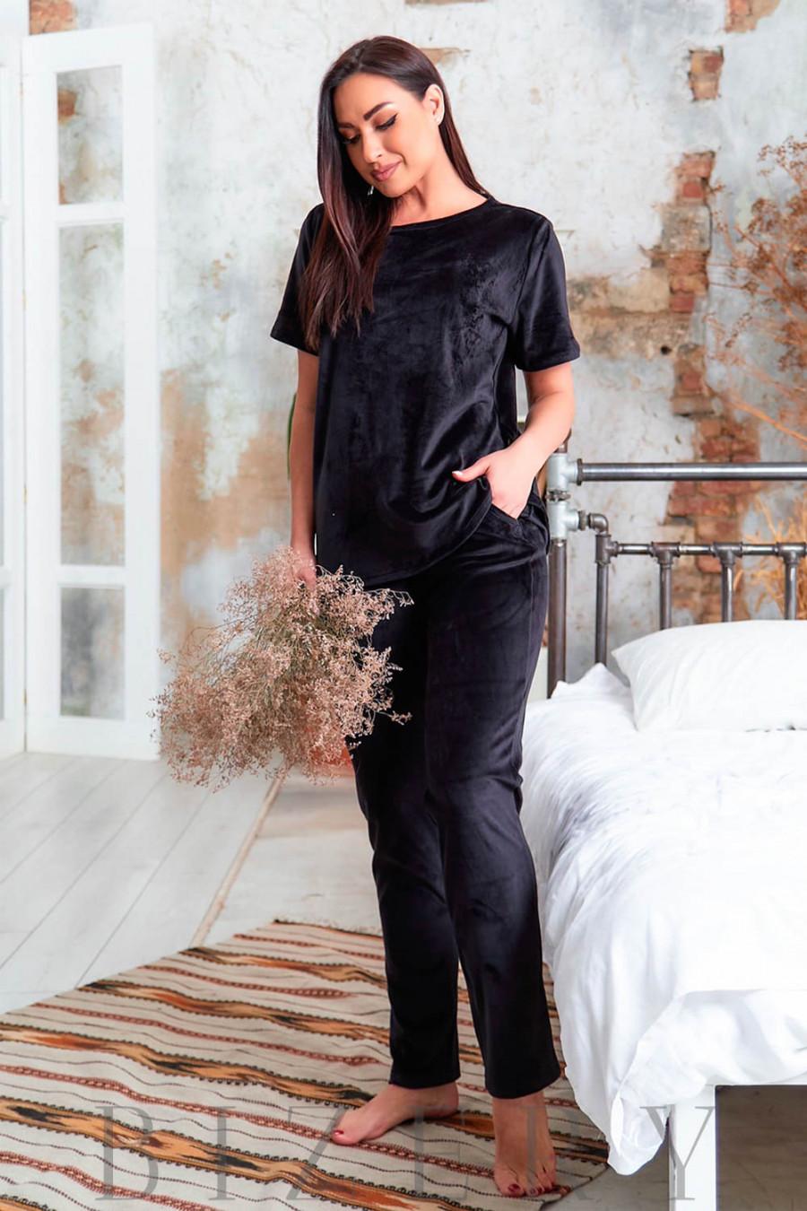 Велюровая плюшевая женская пижама в чёрном цвете В630