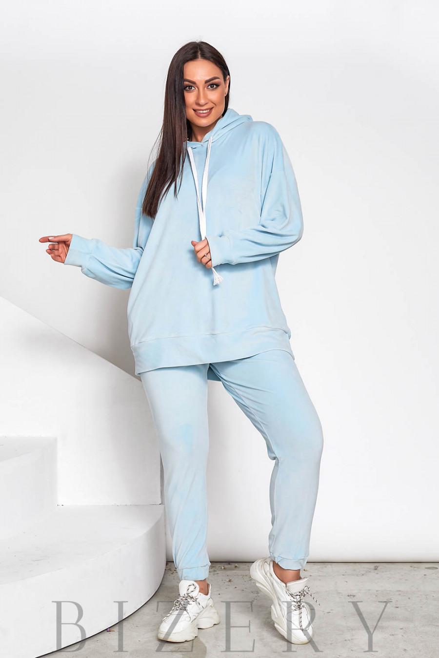 Стильный велюровый костюм plus size бело-голубой В714