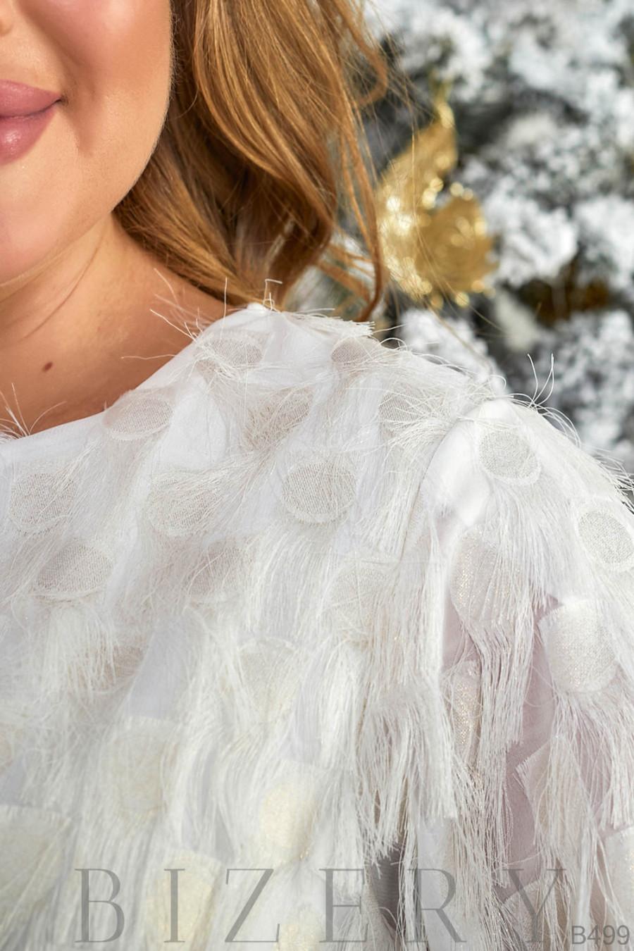 Нарядный брючный костюм в молочном цвете B499
