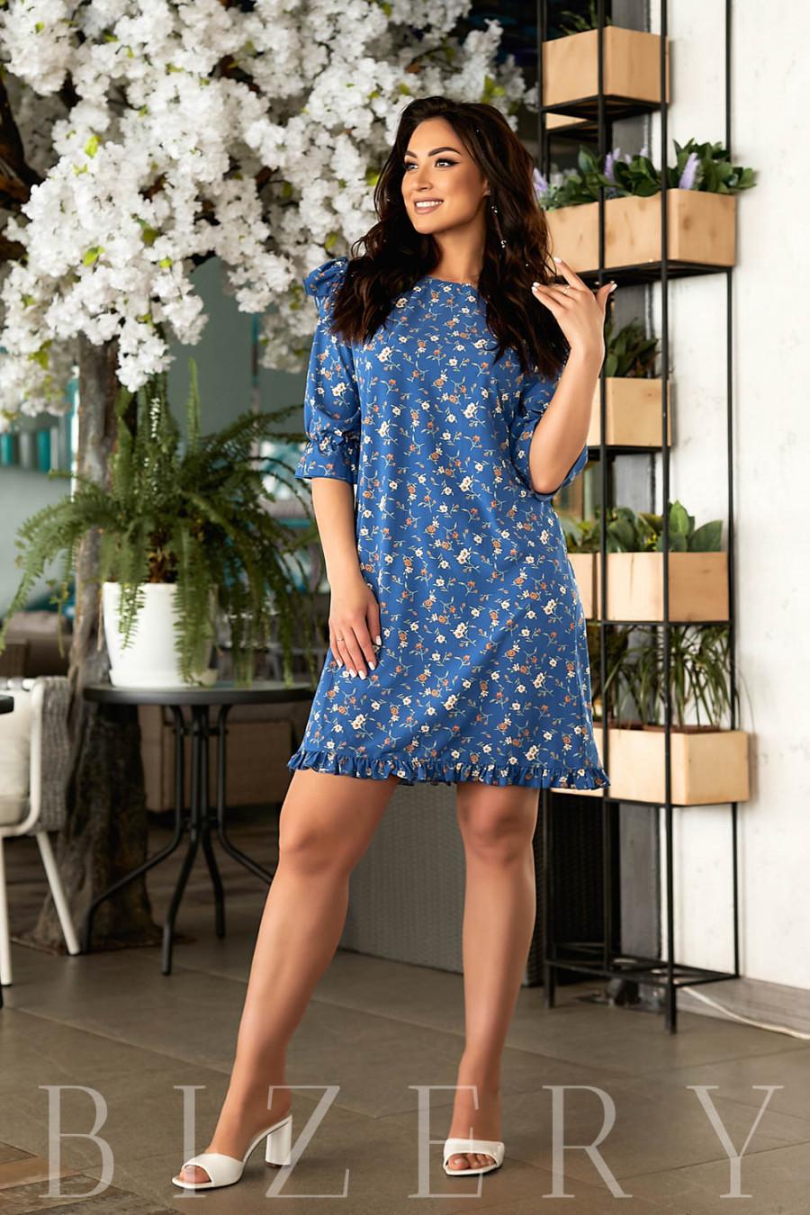 Коктейльное синее летнее платье с принтом В843