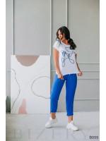 Костюм брючный голубой с белым с художественной вышивкой шнуром