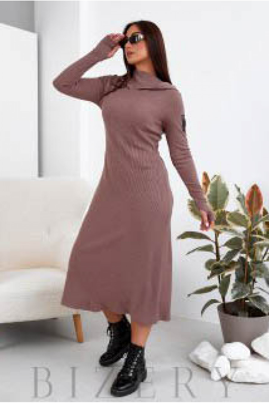 Длинное платье из ангоры в цвете мокко B1105