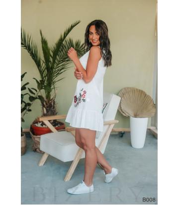 Платье мини белое с вышивкой без рукавов