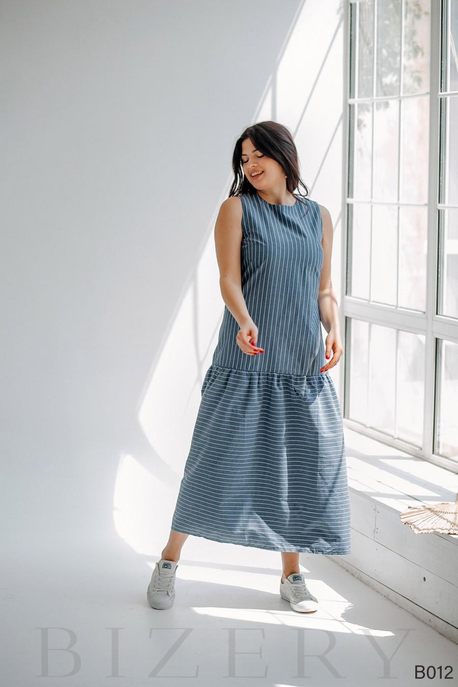 Легкое повседневное платье макси синее в белую полоску